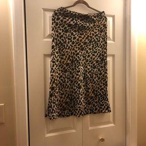 Leopard skirt us size large - never worn